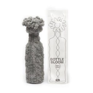 Yvette Laduk bottle_bloom_grijs_wijnfles_decoratie.jpg